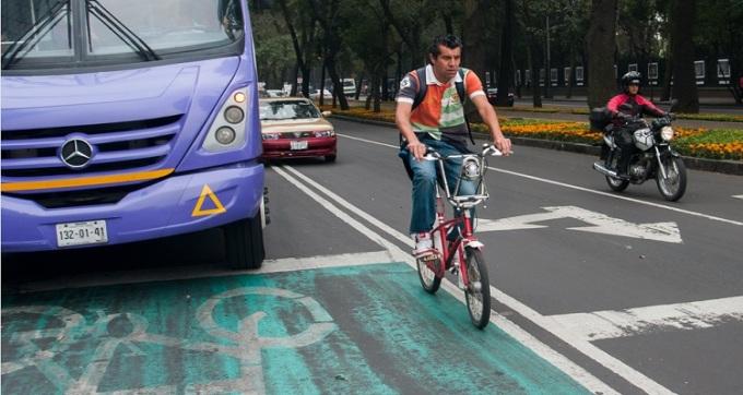 ciclistascarril_cuartoscuro